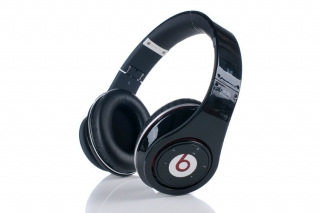 Beats Wireless™